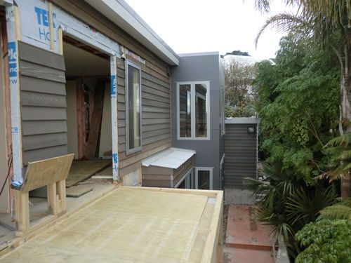 Ngaiwi st, Orakei. Master bedroom deck ready for Nuralite 3p waterproof system.