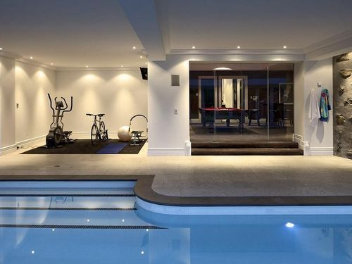 Remuera rd, pool,gym and gamesroom