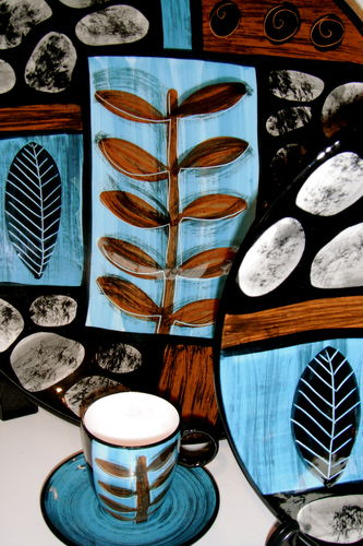 These amazing ceramics, depicting NZ coastline. artist Pip Gray