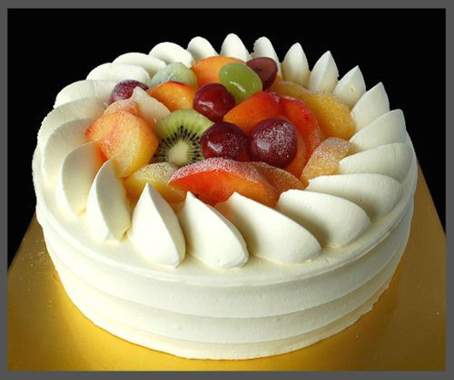 Fresh Cream Gateau