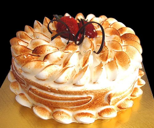 Meringue Gateau